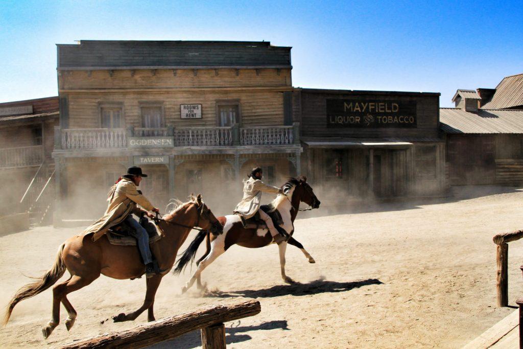 schöne und bekannte Pferdenamen aus Filmen und Serien